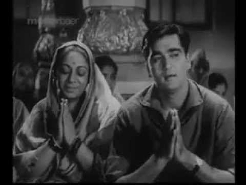 A BEAUTIFUL BHAJAN By LATA MANGESHKAR - YouTube