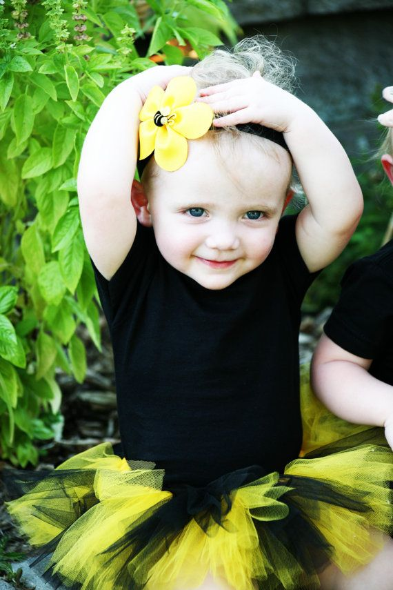 Bumblebee Flower Clip : Yellow Flowers, Safe, Bumblebee Flowers, Bumbleb Flowers, Hair Clips, Flowers Clip, Flower Clips