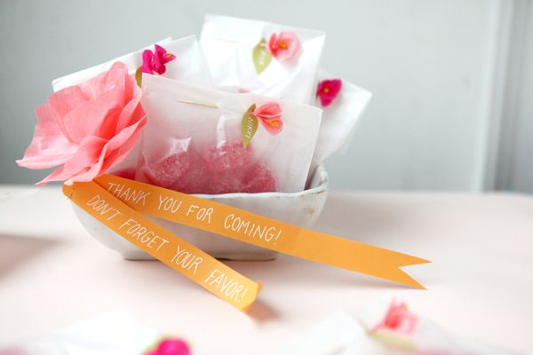 mini crepe flowers diy