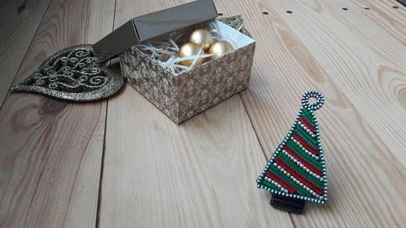 Christmas brooch OOAK christmas tree Holiday brooch Christmas