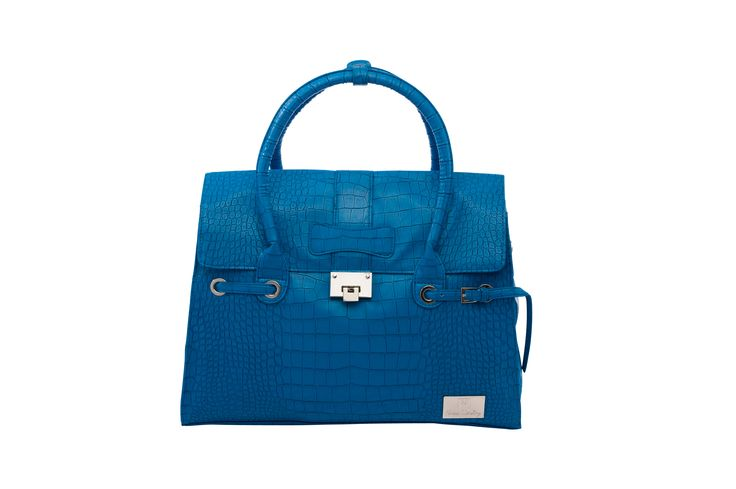 Nova Harley Elegant- Blue. These incredibly luxurious and stylish Nappy bags are available in premium grade Leather and Faux Leather to cater for every budget. Features Detachable inner lining to leave the Mother with a fashion bag interior Wet Pack Longer Adjustable Shoulder Strap Shorter Stroller straps Thermo insulated bottle tote Change Mat 13 picture labelled pockets and zipper storage sections: To store all essential baby items. Mother's Section and a Wipe free lining.