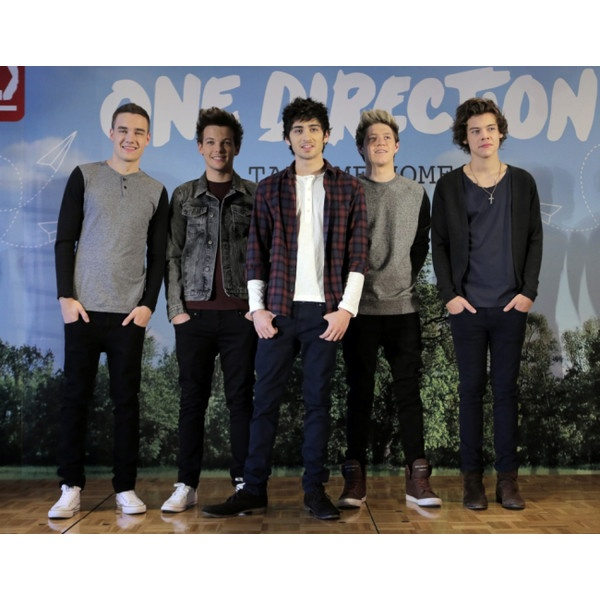 One Direction forced to battle through interview in Japan without Zayn... ($2.38) ❤ liked on Polyvore