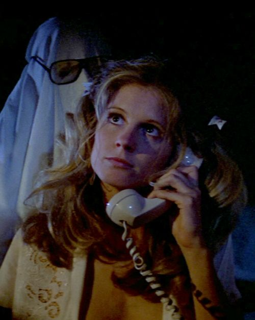 Halloween 1978. Nick Castle about to kill PJ Soles.