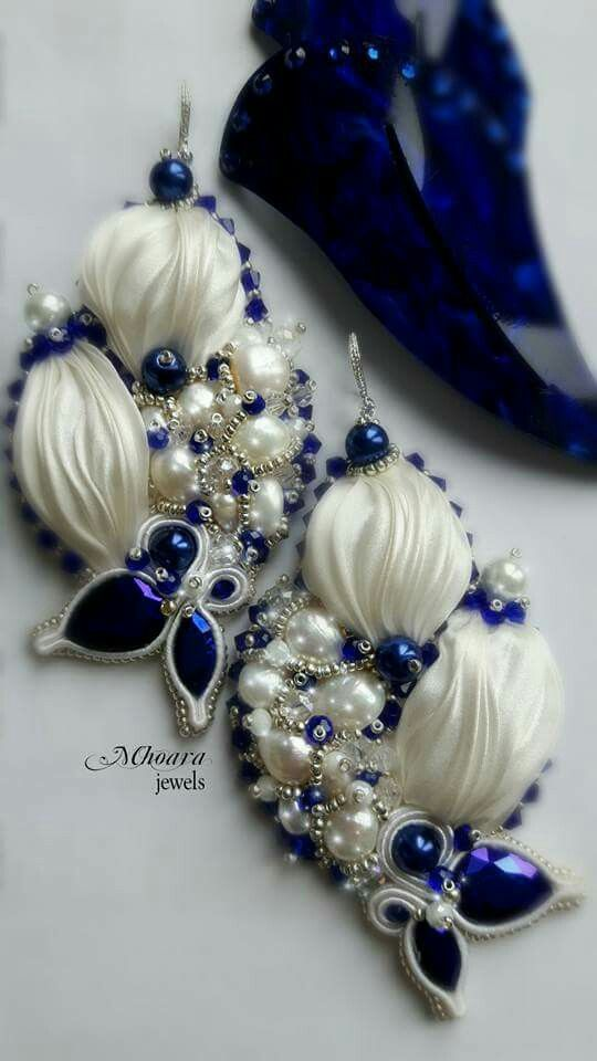 ' Grecia ' shibori silk earrings white & blue navy - designed by Mhoara Jewels- Beadembroidery, silkribbon, soutache