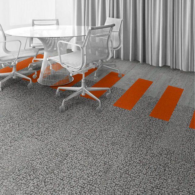 Interface Floor Design I Produktname: Farbe, Produktname: Farbe I Finden Sie Inspiration für kommende Projekte mit dem Floor Designer von Interfac      | HN810: Limestone, HN830: Clementine,  HN840: Limestone |      Interface Floor Design I Produktname: Farbe, Produktname: Farbe I Finden Sie Inspiration für kommende Projekte mit dem Floor Designer von Interface