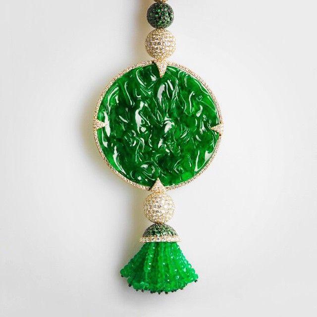 Imperial Jade Medallion, Tsavorite, Emerald and Diamonds.#imperialjade#finejewelrydesigner#onceinalifetime#florencejewellery