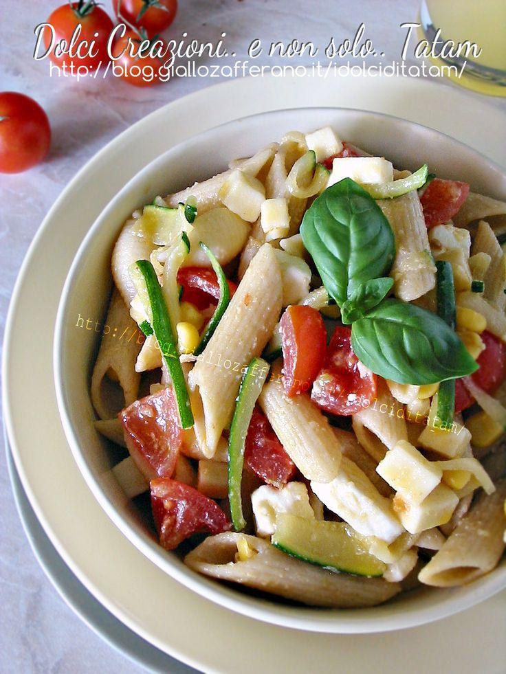 Pasta fredda vegetariana alle verdure e feta | ricetta veloce