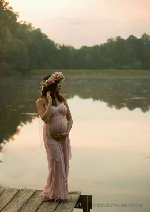 "You cant be too busy to explore this: ""beautiful pregnancy photos"""