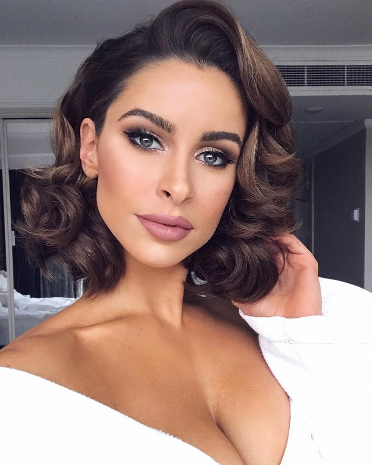 Beautiful Classic Make Up And Hair So Soft And Glam Short Wedding Hair Prom Hairstyles For Short Hair Short Hair Styles