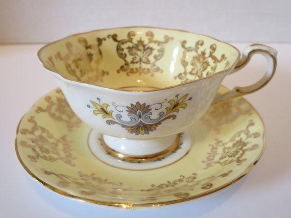 PORCELAIN PARAGON TEACUP Vintage Yellow blue Teacup and
