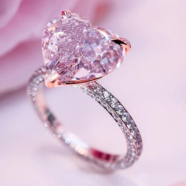 anillo de compromiso, topacio rosa, oro blanco