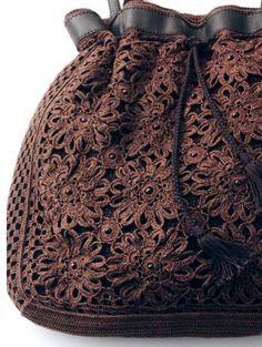 Roberta Crochê e Cia: Bolsa em Crochê com Gráfico                                                                                                                                                     Mais