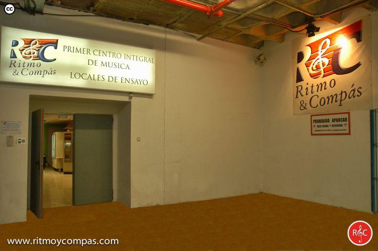 Centro musical integral ritmo y compas con 84 locales de for Locales de ensayo valencia
