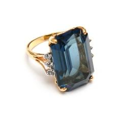 Blue Crystal Ring <3