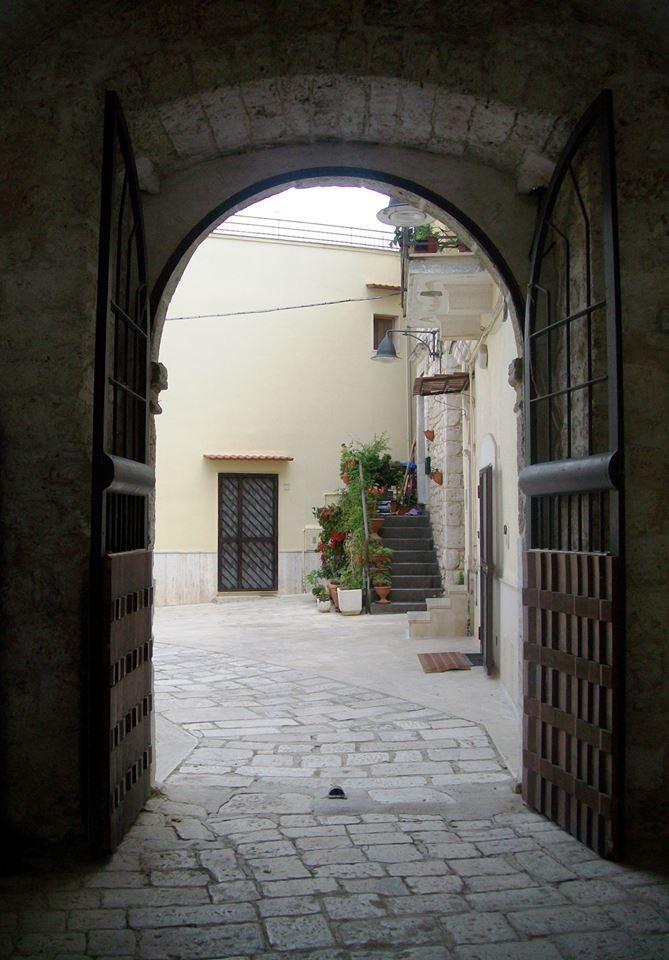 Dalle porte del Castello