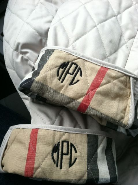 Burberry: Monograms Burberry, Favorite Things, Burberry Jackets, Burberry Quilts Jackets, Burberry Coats, So Cute, Cute Ideas, Cuffs, Things Monograms