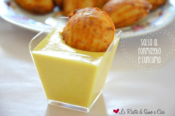Salsa al formaggio e curcuma