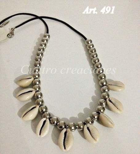 Collar Con Caracoles Tendencia - $ 140,00