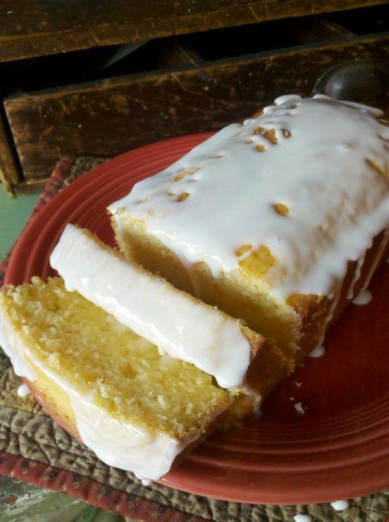 Starbucks Lemon Loaf knock-off. Looks SO good!