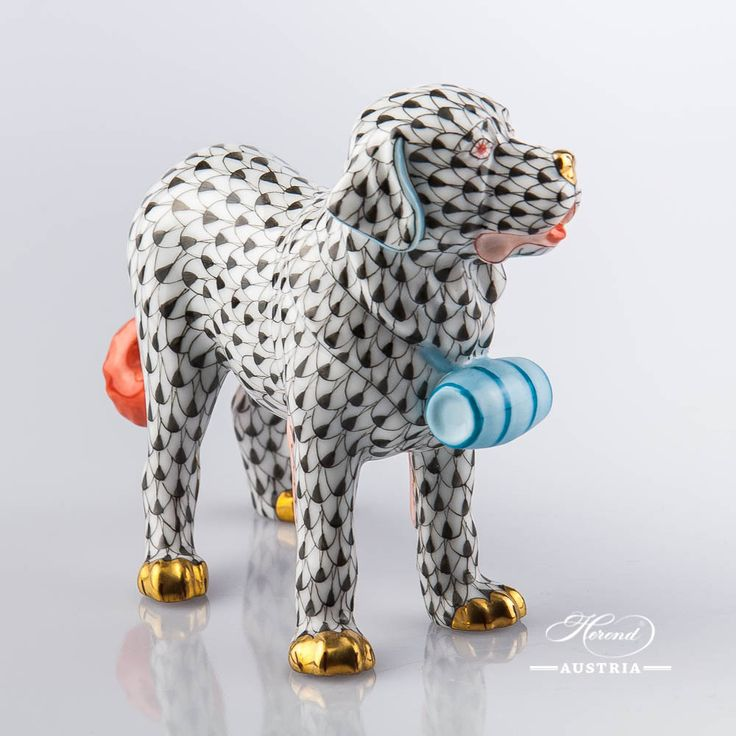 Dog – St. Bernard - Porcelain Animal Figurine 15871-0-00 VHN - Black €298 - always check the price on our shop!