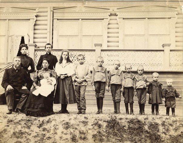 Семья купца Поленова. Ярославская губерния, город Рыбинск. 1910-1917