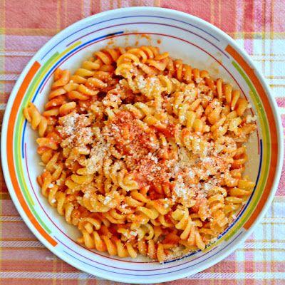 la cucina per principianti ma anche altro pasta al sugo di peperone