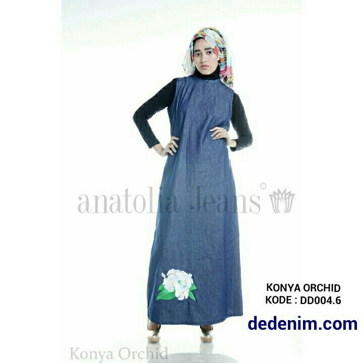 Konya merupakan model terbaru  berbahan Denim otentik lembut, Konya merupakan Denim dengan Bordir model bunga orchid dengan kualitas bordir terbaik, casual, simple, dan feminim.   Size : S/M/L/XL/XXL  untuk order silakan ketik : nama-alamat lengkap-kode barang-size-nomer hp kirim ke 081903773006.    #dedenimdotcom #denim #jeans #dress #gamis #kemeja #blouse #woman #onlineshop #olshop #goodOOTD #hijab