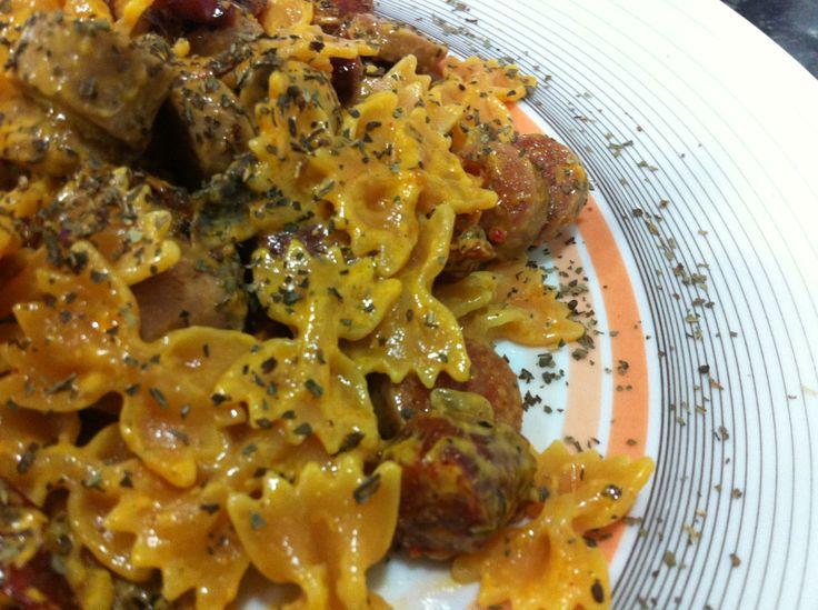 Seasons in the Air: Lacinhos com salsicha, cogumelos e tomate seco