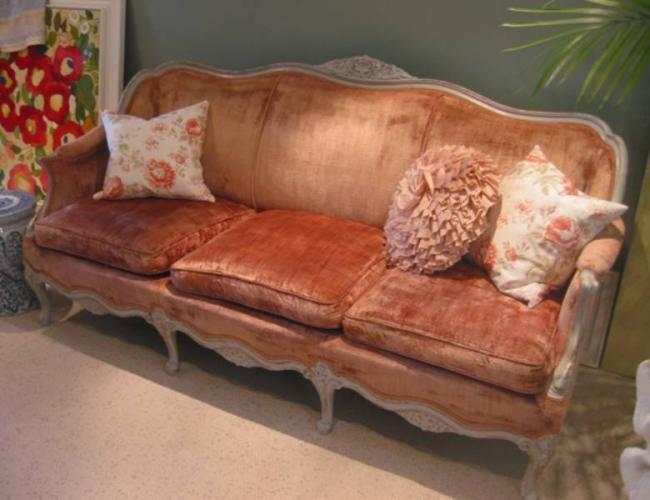 Vintage Pink Velvet Sofa Just Like My Cranberry Sofa
