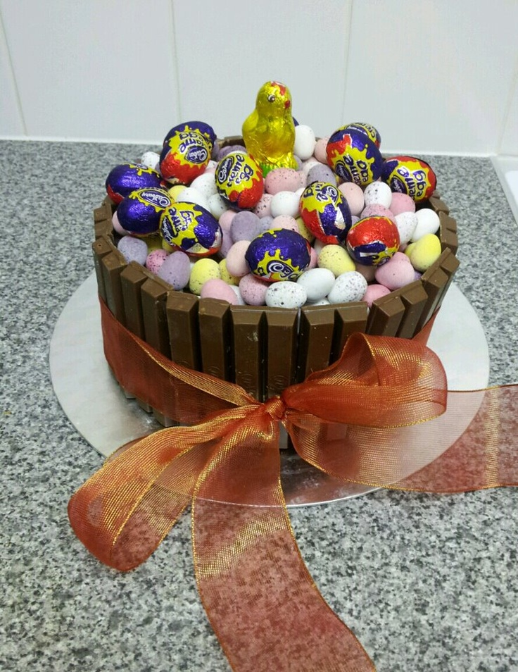 Tonight i made the ultimate Easter Cake.Mmmm Calorific!