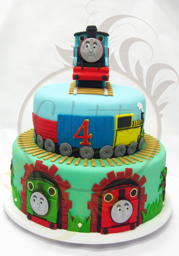 Thomas & Friends Cake by Caketutes Cake Designer: Bolo Thomas and Friends