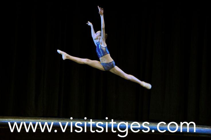 Dance World Cup Sitges. http://www.visitsitges.com/es/historia-de-sitges/turismo-sitges/fiestas-tradiciones