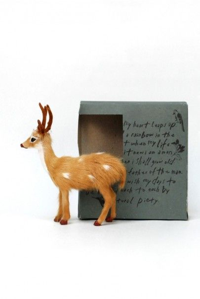 O_Check_Deer_Figurine_Notemaker Available from NoteMaker.com.au