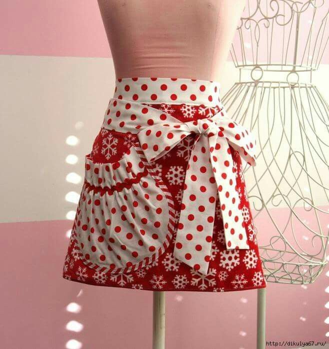 This is a wonderful apron and love love love the pockets.