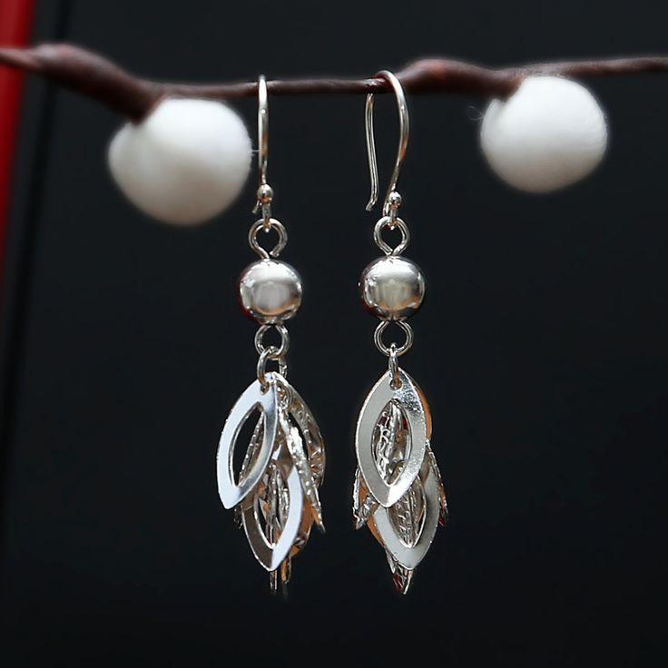 Schattige zilveren oorbellen http://www.dczilverjuwelier.nl/zilveren_oorbellen
