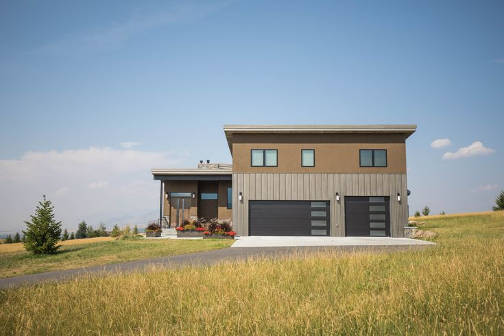 Examples of metal buildings using various metal panel systems to create modern, traditional, or rustic designs on residential, commercial & agricultural builds.