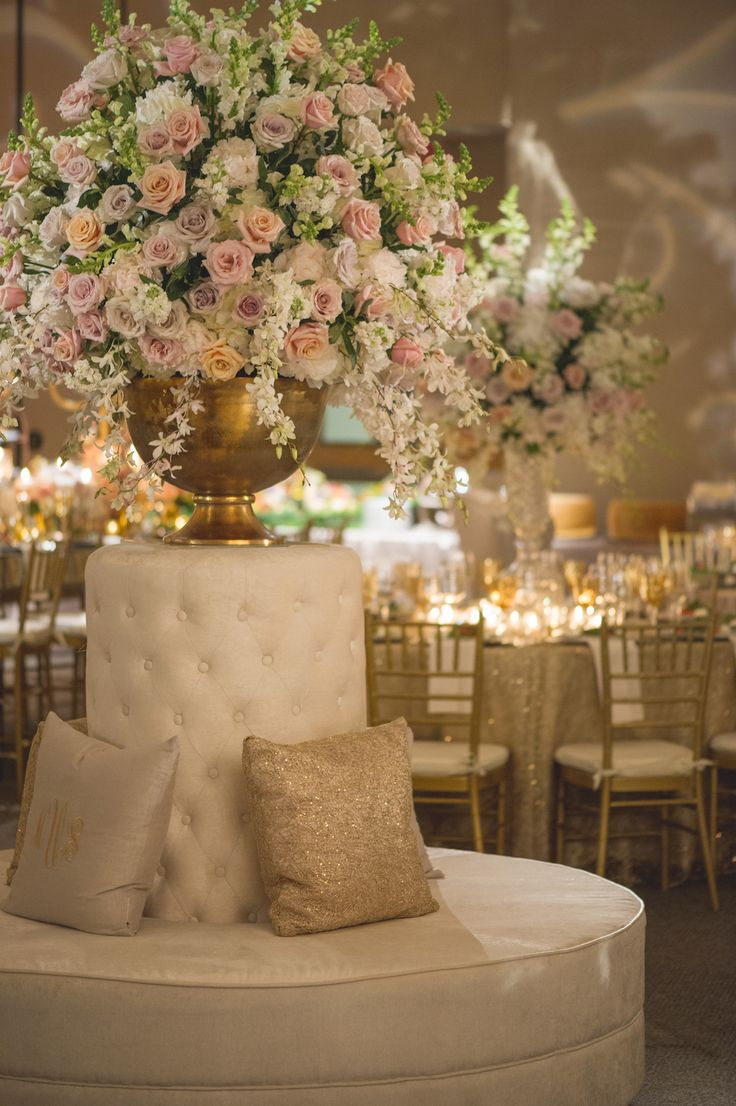 Chic Lounge Adorned with Pastel Florals | Photography: Chip Gillespie. Read More: http://www.insideweddings.com/weddings/classic-jewish-wedding-at-a-synagogue-in-houston-texas/718/