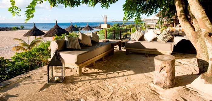 The Veranda Pointe aux Biches Hotel, located a few kilometers from Grand Bay, invites guests to discover its 'barefoot' holiday concept. This is perfect for families, groups and couples looking for the simple pleasures of relaxing and having fun under the sun. http://www.concierge-hotels.com/accommodation-mauritius/hotels/veranda-pointe-aux-biches-15 #Mauritius #Hotel