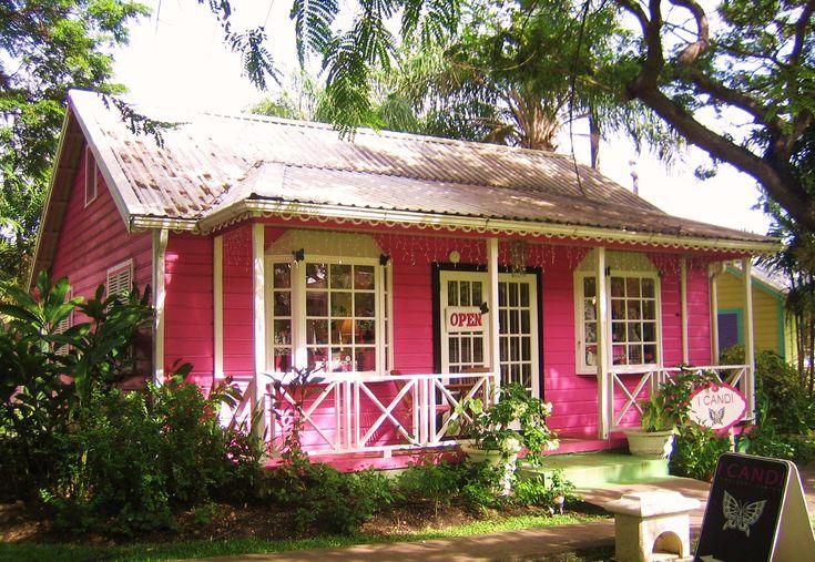 Antigua: A Pastel Start on vickiarcher.com
