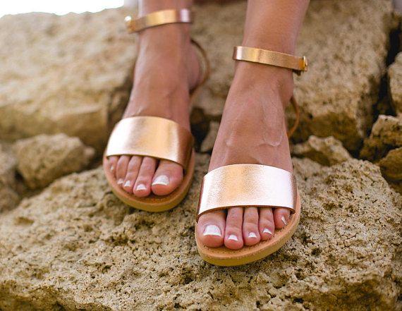 Hoi! Ik heb een geweldige listing op Etsy gevonden: https://www.etsy.com/nl/listing/524596481/sandalen-griekse-sandalen-enkel-riem