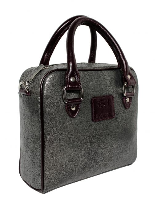 Extremely original italian leather handbag with a metallic graphite color. Handles are maroon. The whole suspended on leather belt ended snap hooks, which can be removed. From the inside it is decorated with jacquard lining with dots. Each original handbag GOSHICO id is in the middle of the tab with our logo.  PRICE: 261.44 € http://goshico.com/en/duplicate-1-duplicate-1-1176.html
