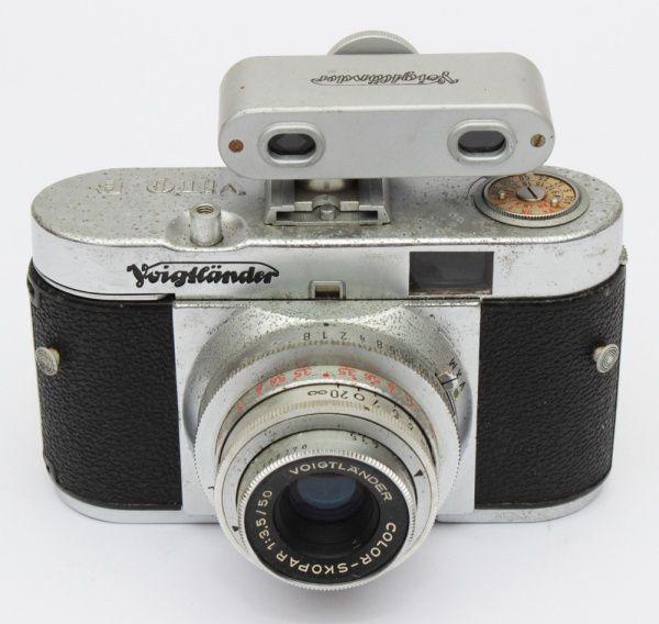 Antiga câmera fotográfica VITO B, fabricada pela Voigtländer entre os anos 1954 e 1960. Modelo compa