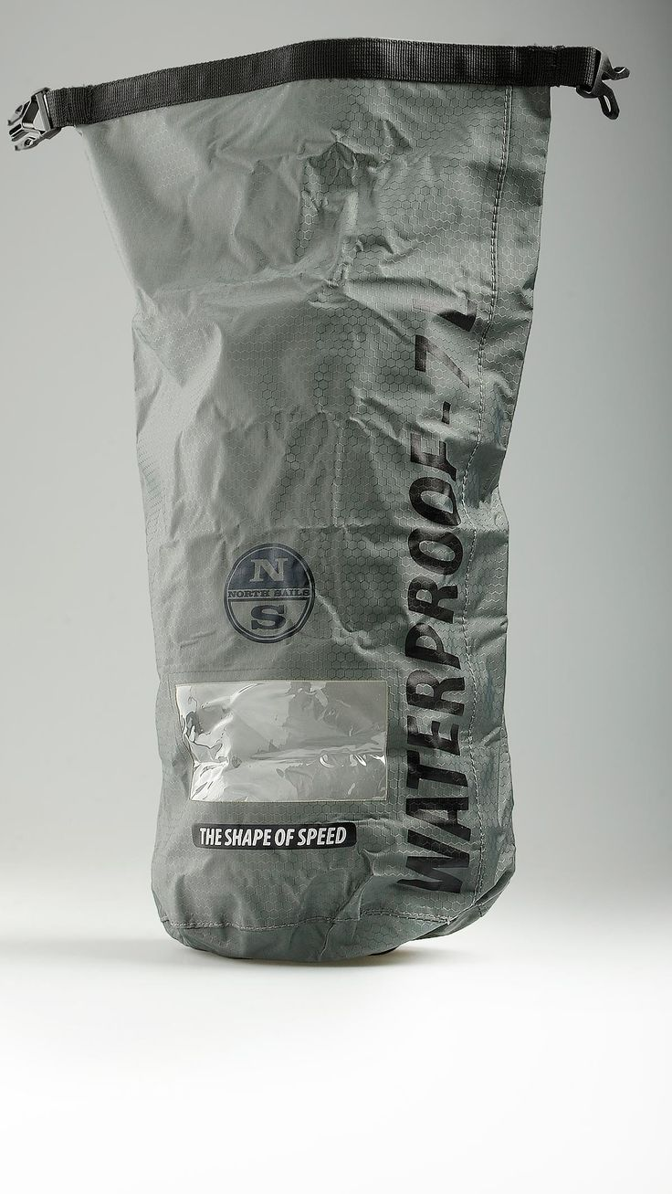"Waterproof heat sealed sack in technical fabric featuring a honeycomb pattern, top waterproof fastening, 17.7"" x 6.7"", 100% polyester."