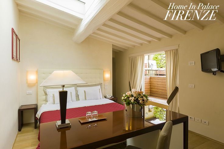 Da Vinci #deluxe #room @Home in Place #Florence #Italy