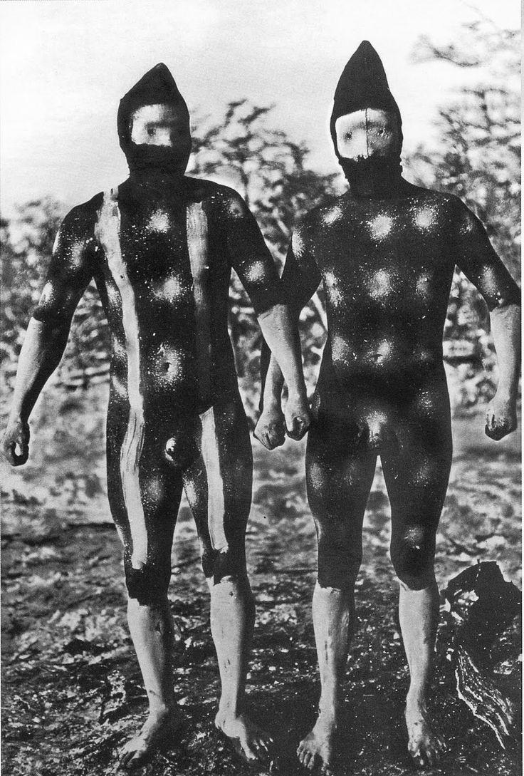 Pinturas corporales para iniciación adolescente Hain.  Martin Gusinde, 1923.
