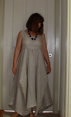 Tablecloth skirt dress. Love this.