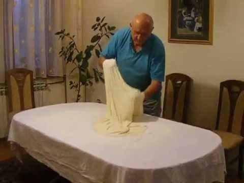 Burek sa sirom, sirnica - YouTube