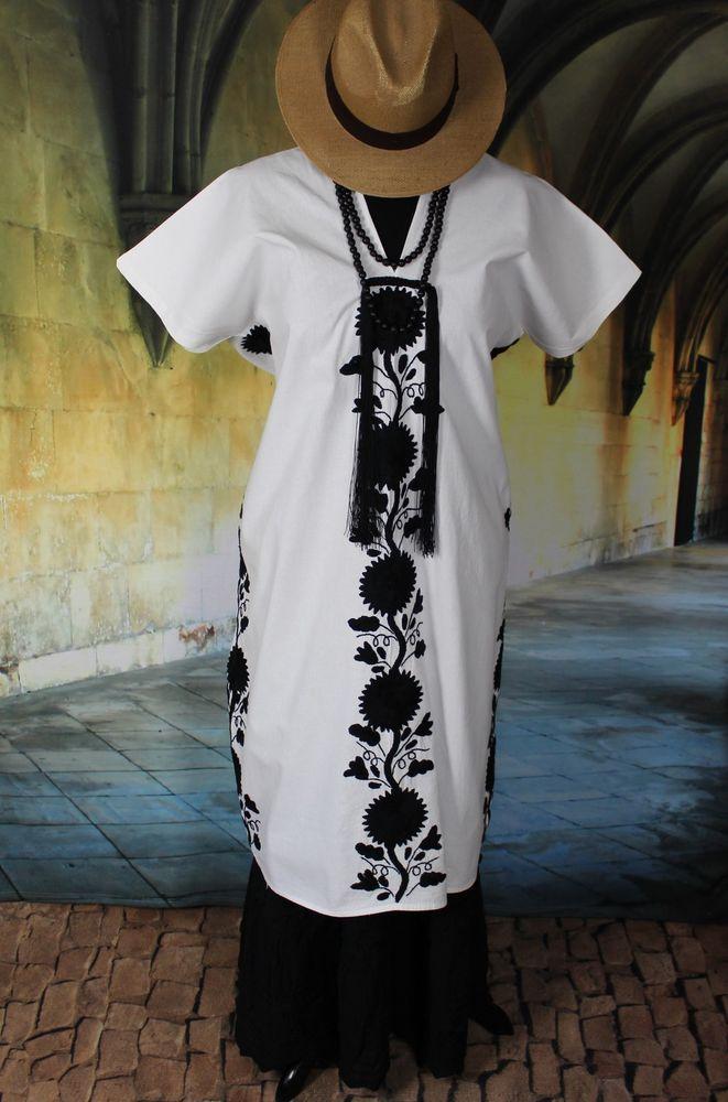 Black & White Hand embroidered Huipil Tunic, Yalalag Oaxaca Mexico, Hippie Boho  #Handmade #Huipiltunic