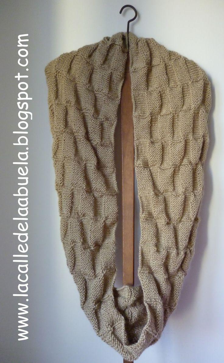 """...o lo que es lo mismo cuello largo de dos vueltas. He utilizado lana de la calidad """"Fama"""" de Katia en un tono """"camel"""", tejida con aguja..."""