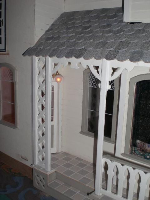 Kitchen door - Garfield - Victoria Villa - June 09 - Gallery - The Greenleaf Miniature Community